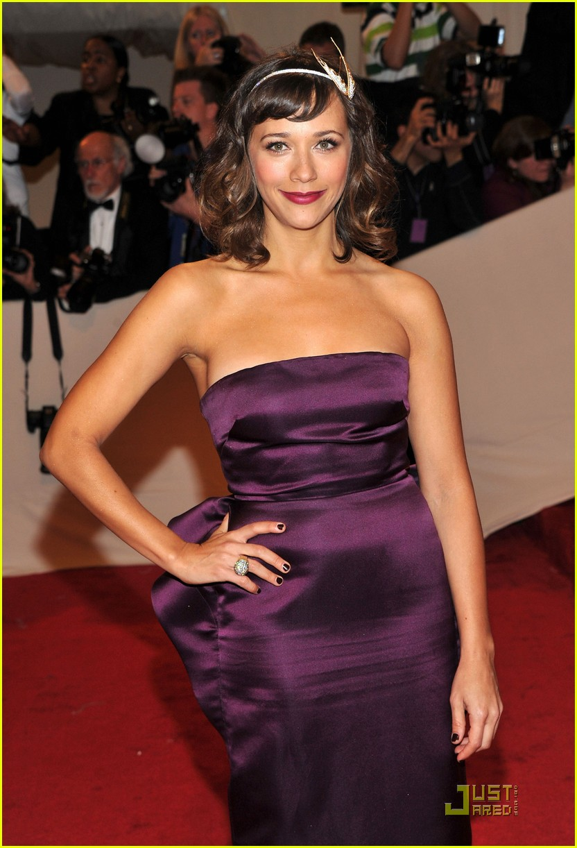 rashida jones alexa chung met ball 2011 01