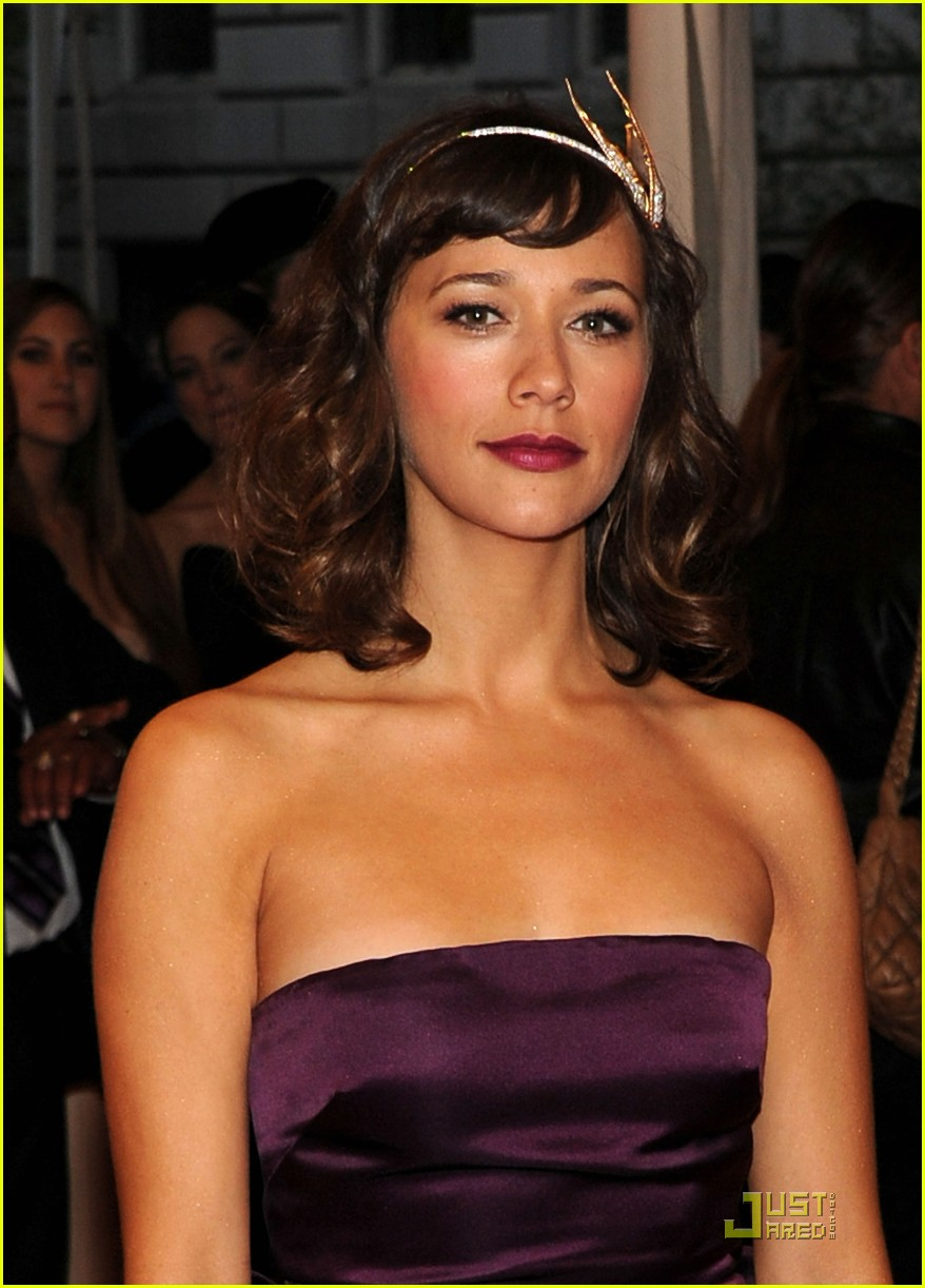 rashida jones alexa chung met ball 2011 10