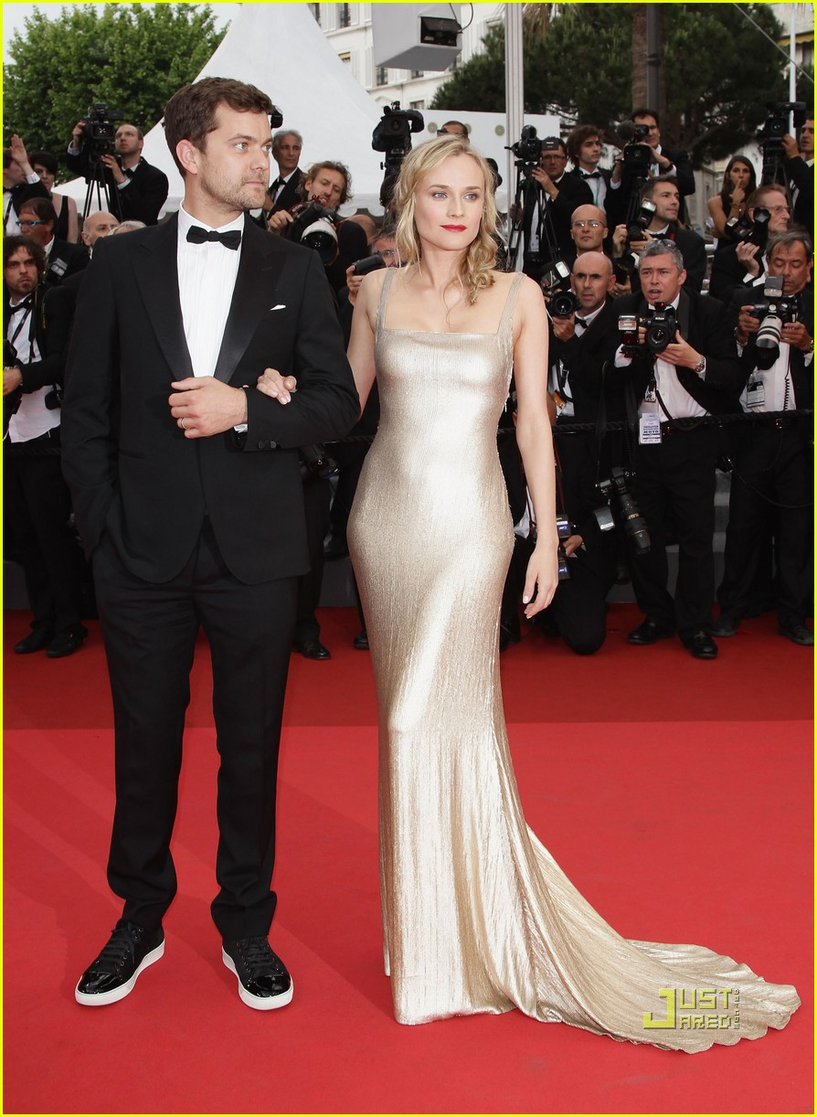 diane kruger joshua jackson sleeping beauty cannes film festival 2011 09