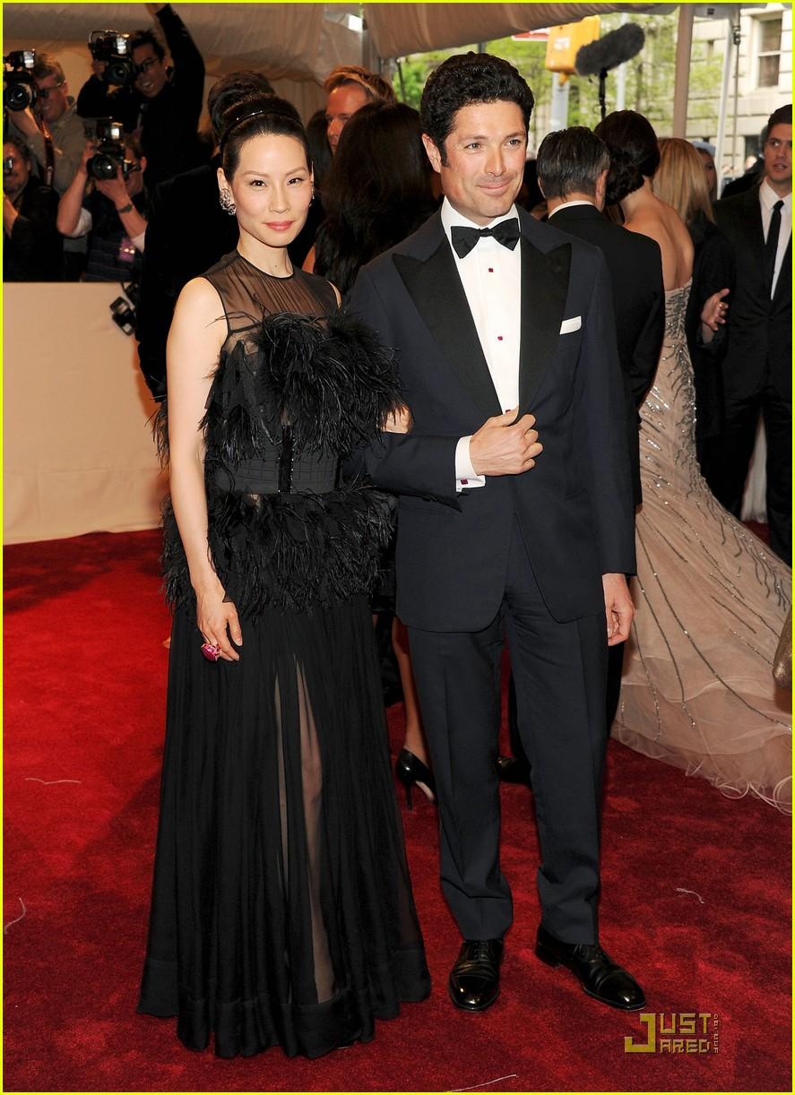 jlucy liu met ball 022540092