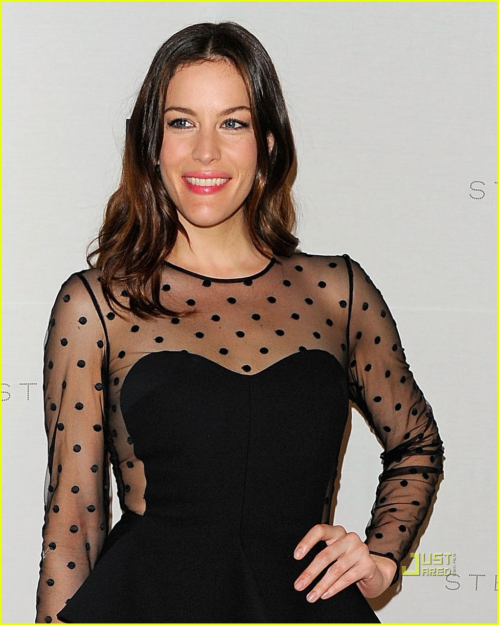 liv tyler stella mccartney 01