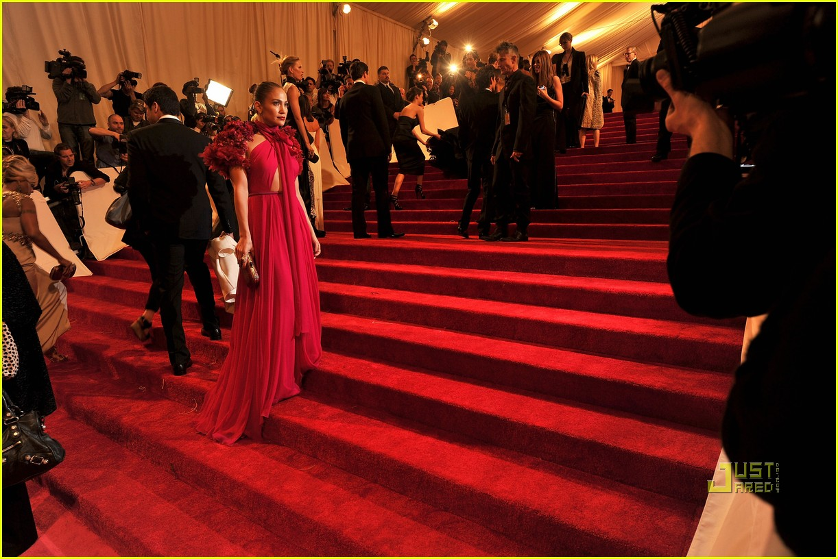 jennifer lopez met ball 2011 01 05