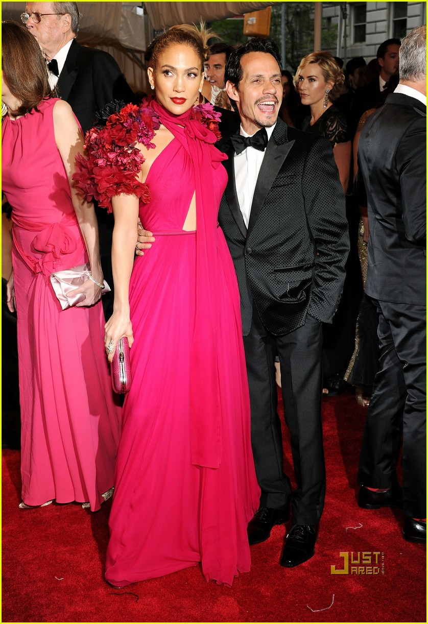 jennifer lopez met ball 2011 01 06