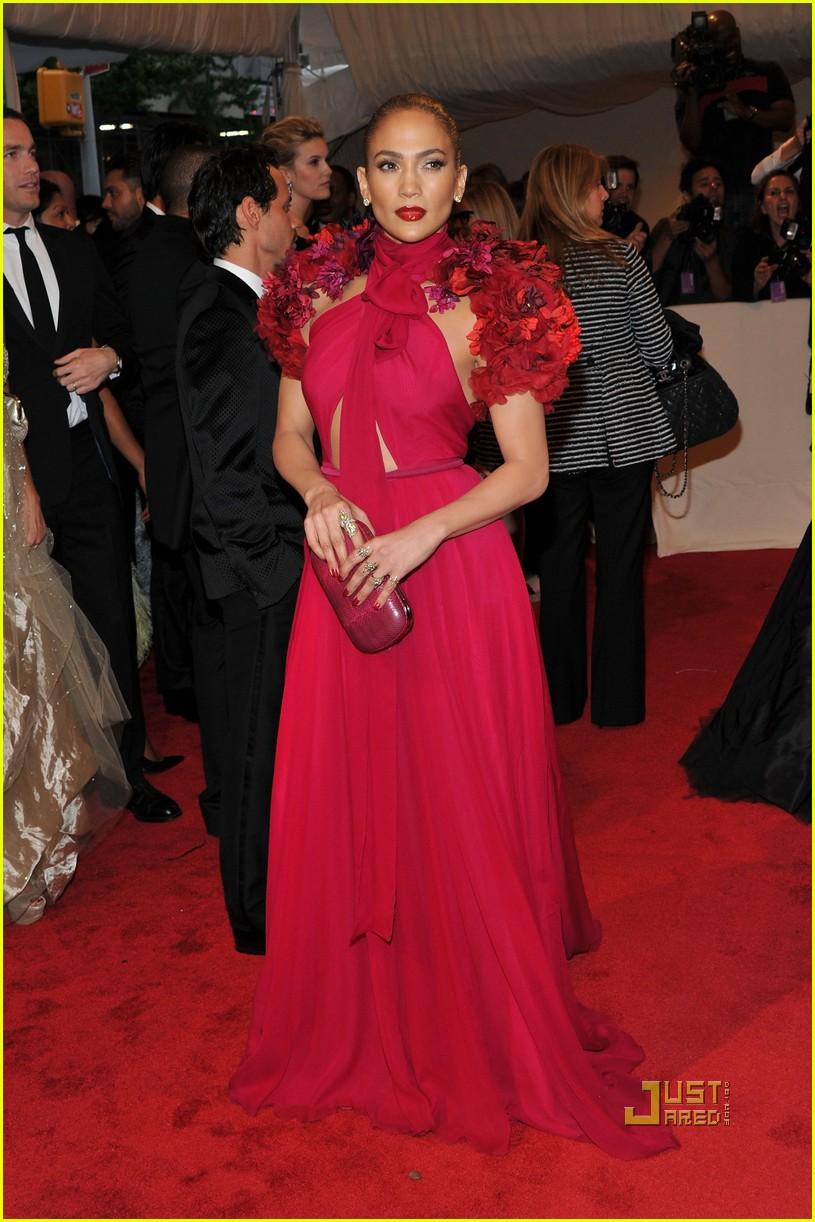 jennifer lopez met ball 2011 01 15