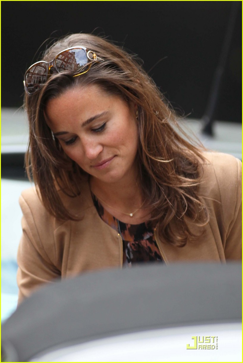 pippa middleton chic shopping 03