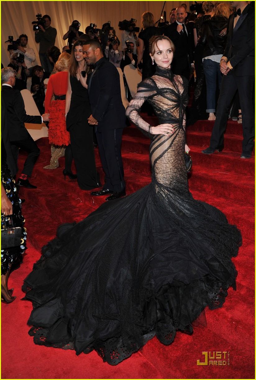christina ricci met ball 2011 01