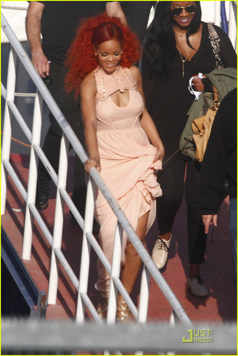 rihanna nivea cruise germany 01