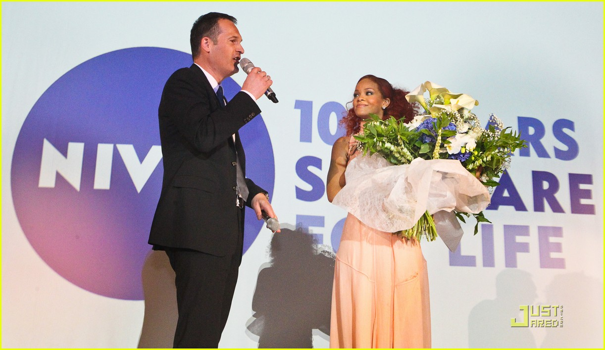rihanna nivea cruise germany 10