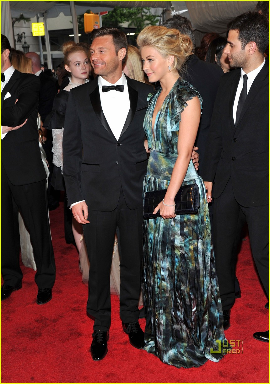 ryan seacrest julianne hough met ball 2011 05