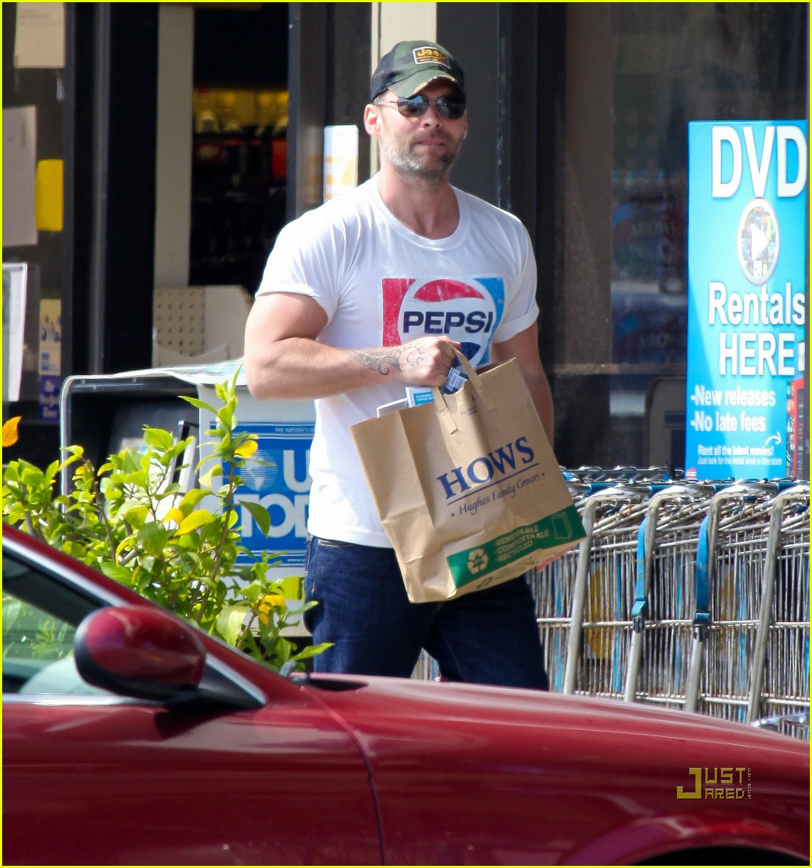 seann william scott pepsi shirt grocery store 012541731
