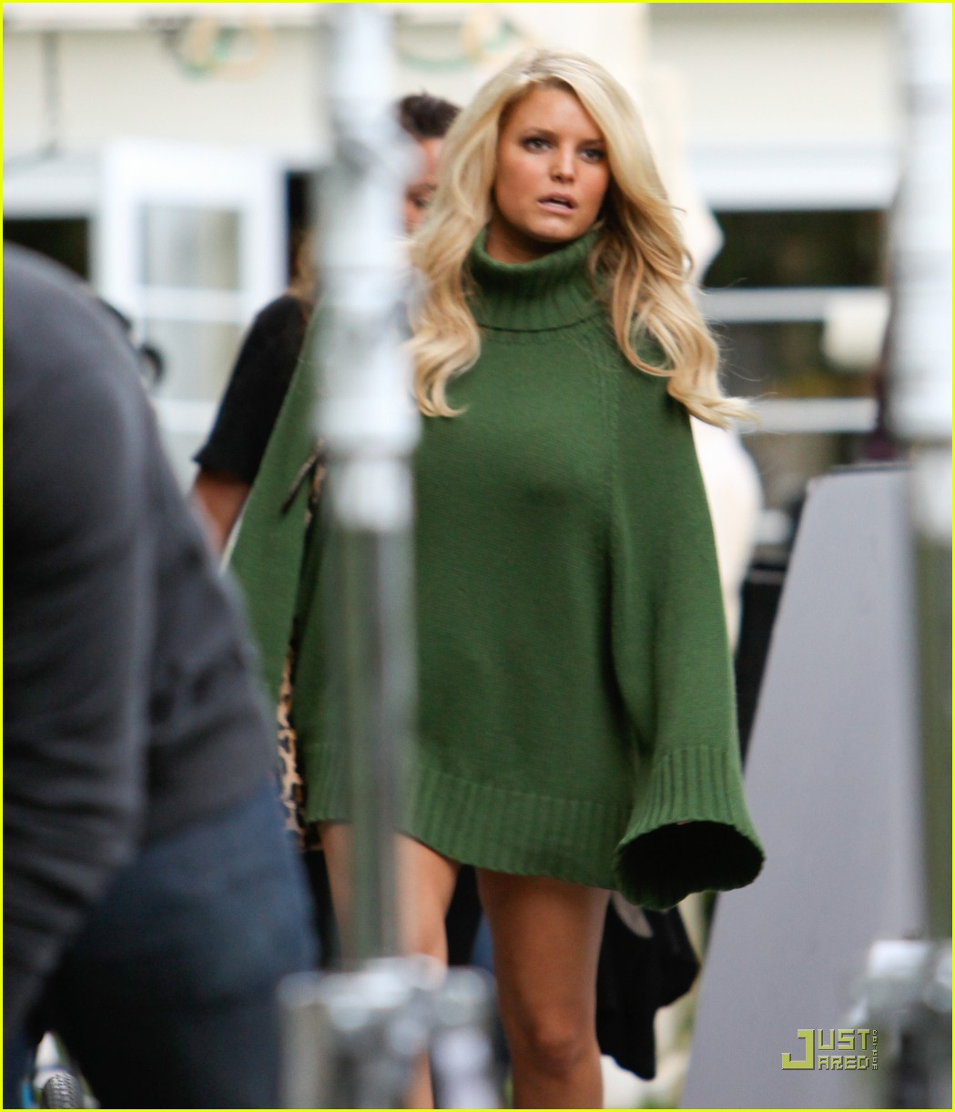 jessica simpson family visit at photo shoot 11