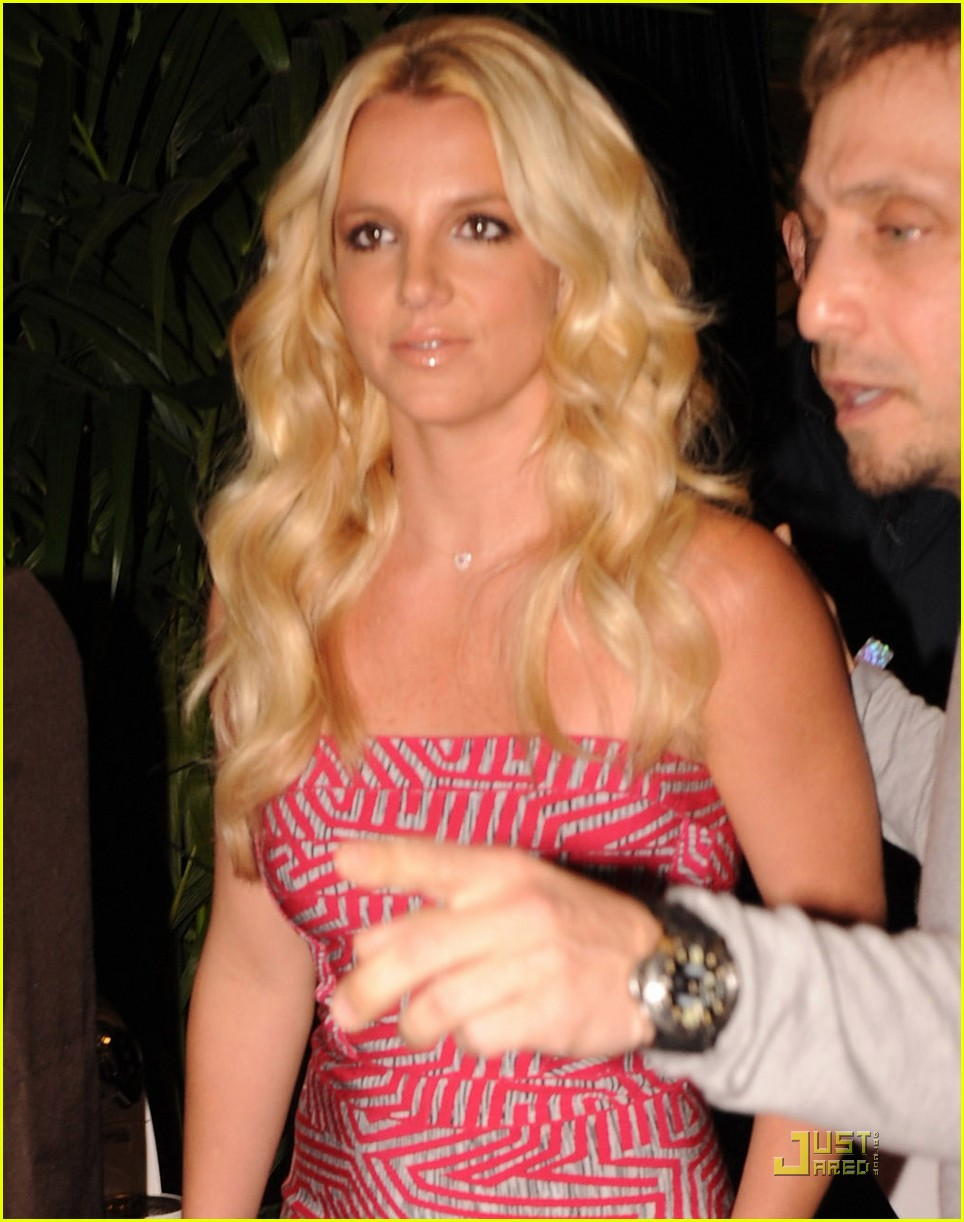 britney spears wango tango 2011 06