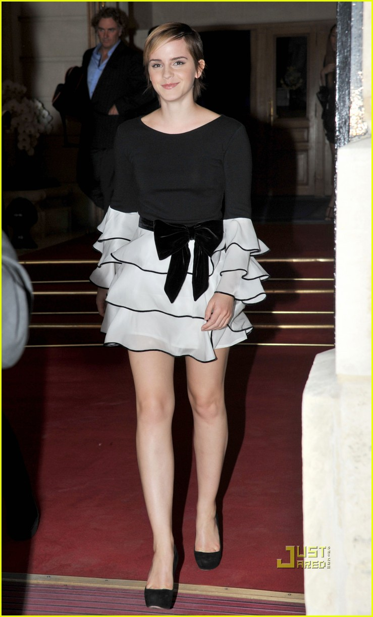 emma watson tresor midnight rose launch 052542529