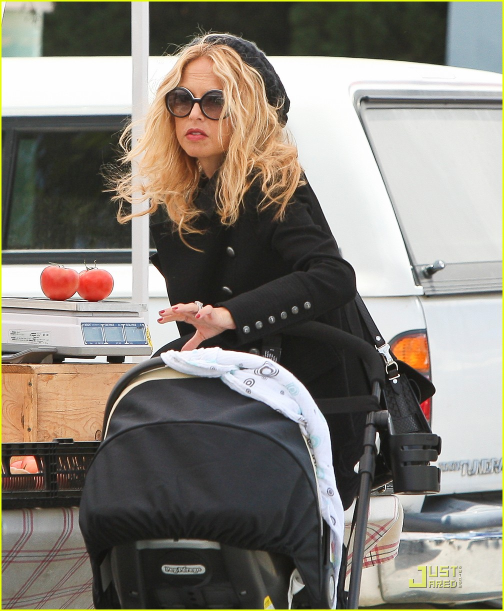 rachel zoe mothers day with rodger and skyler 03