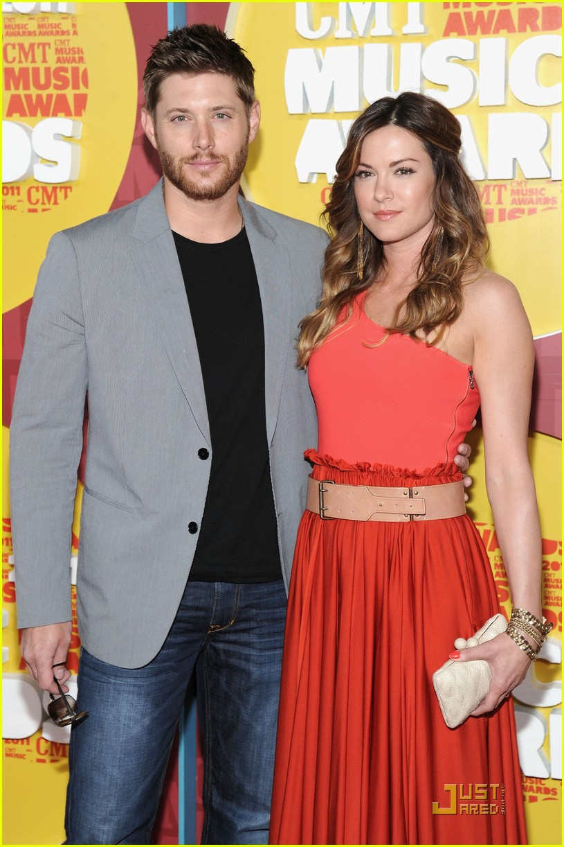 jensen ackles danneel harris cmt music awards 052550909