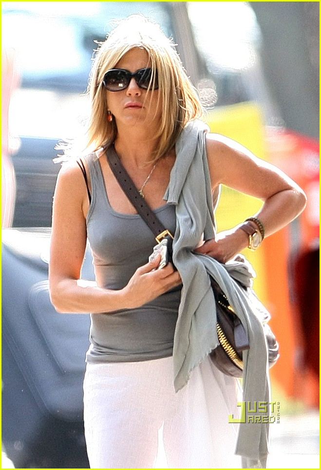 jennifer aniston white skirt nyc 01