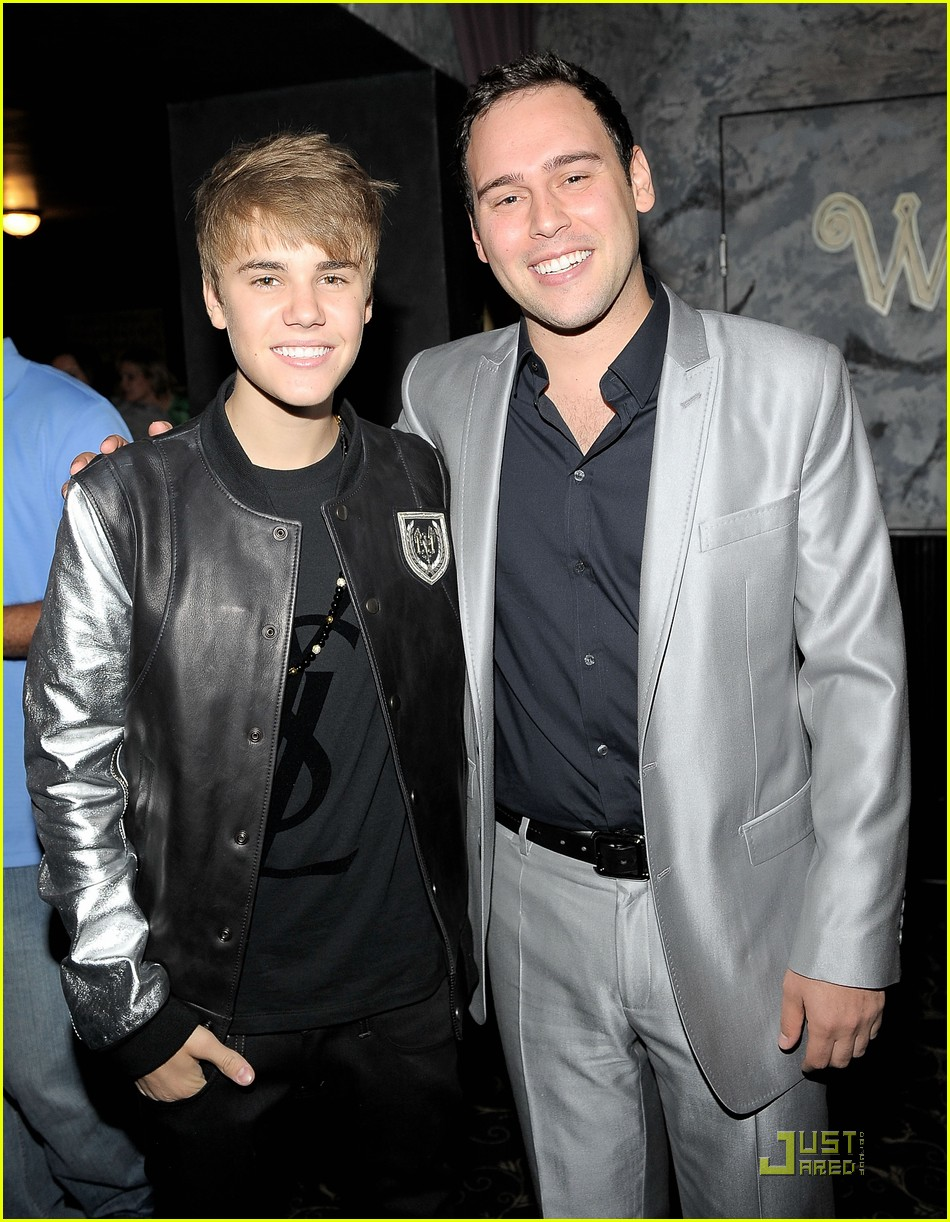 justin bieber scooter braun birthday 012553796