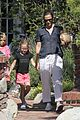 jennifer garner piggyback ride for violet 21