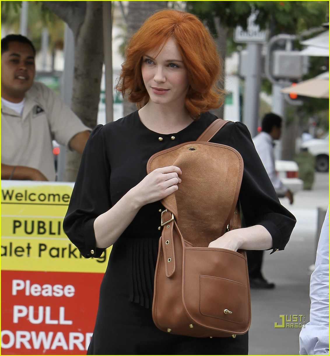christina hendricks friend beverly hills 04