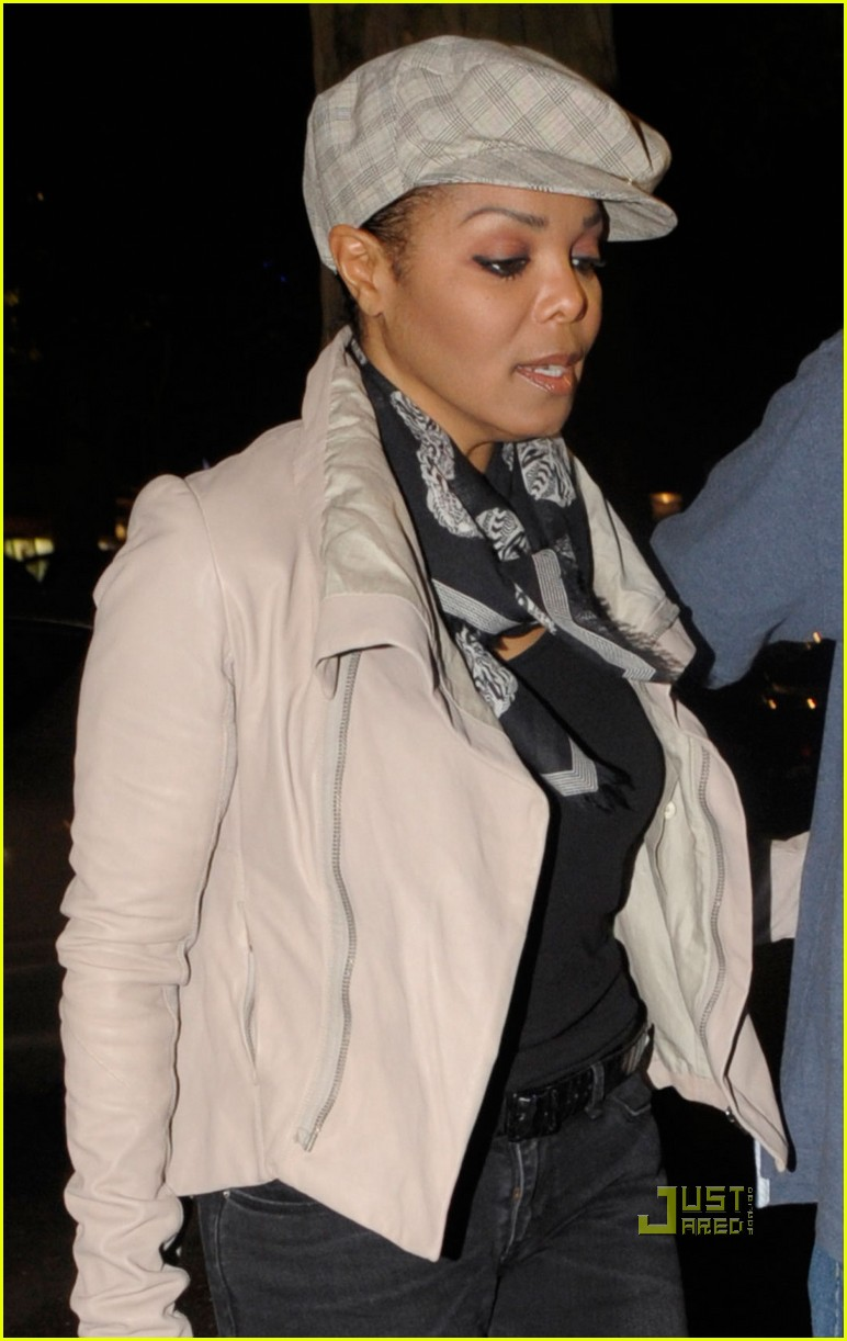 janet jackson out to dinner berlin 02