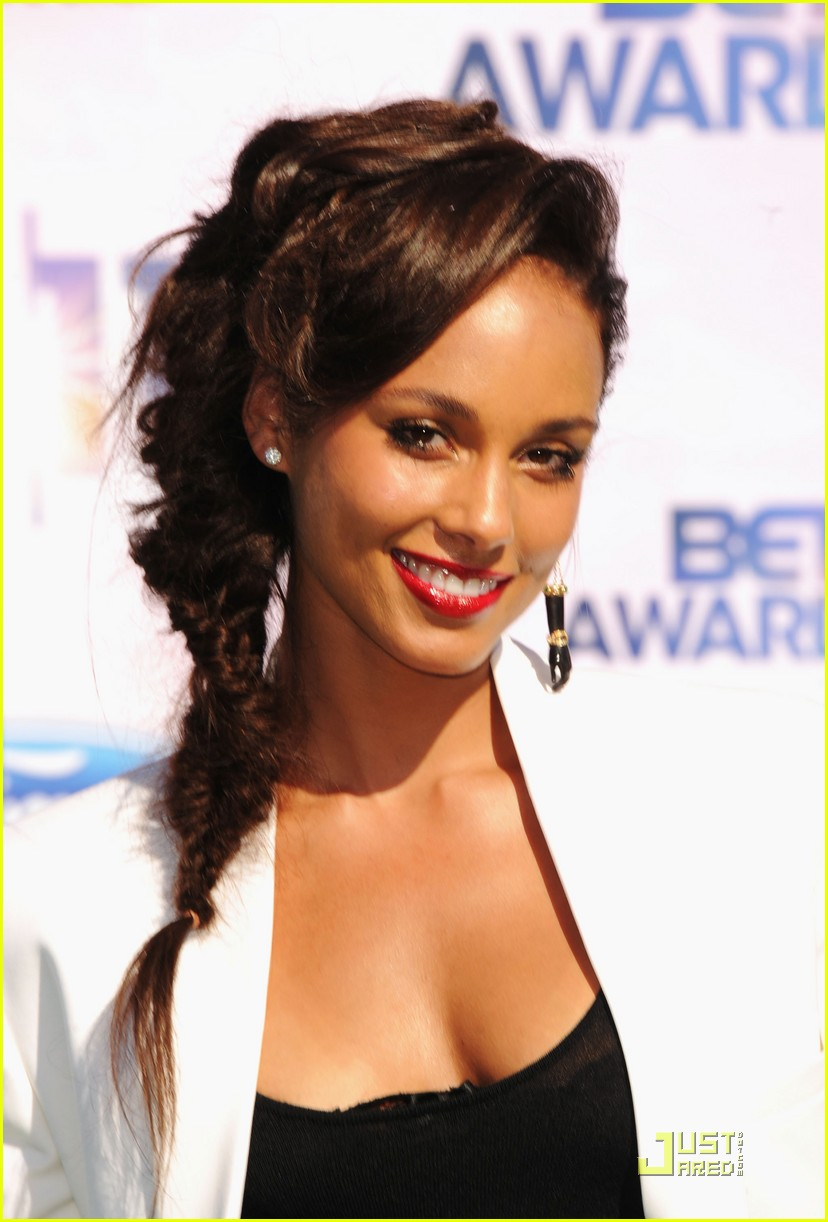 alicia keys kerry washington bet awards 2011 02
