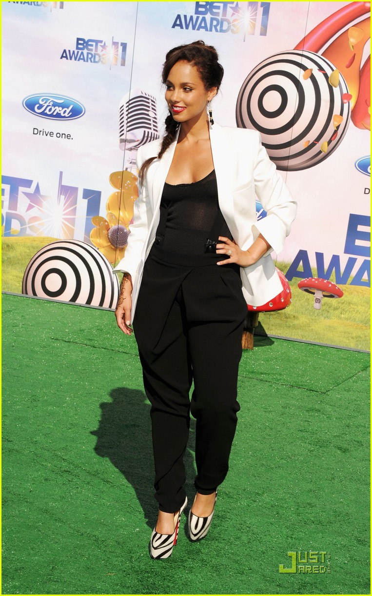 alicia keys kerry washington bet awards 2011 102555697