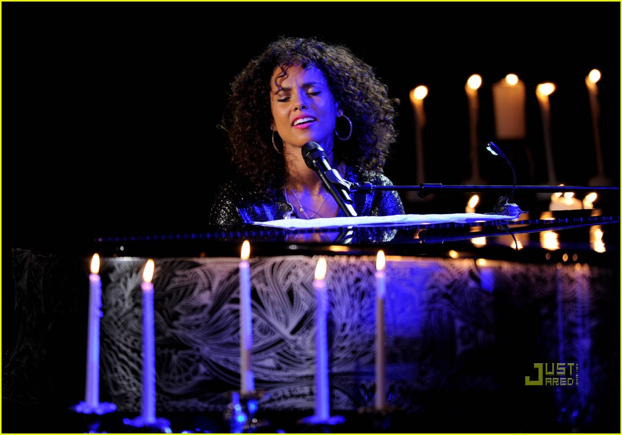 alicia keys pantages 012555480