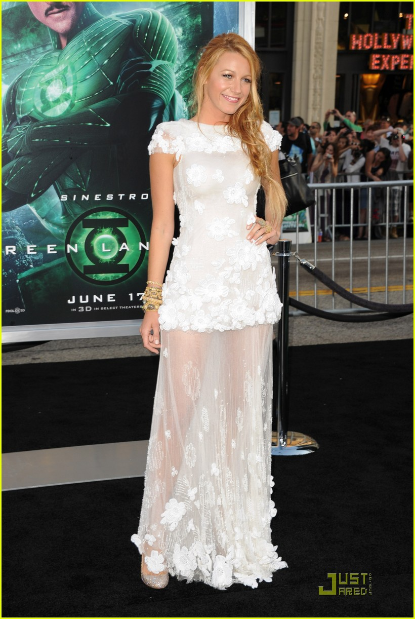blake lively green lantern premiere 03