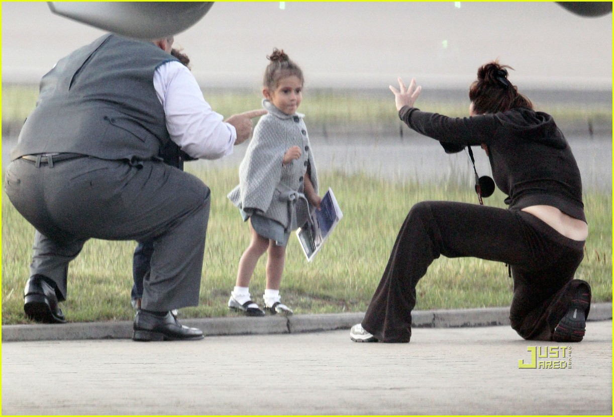 emme max jennifer lopez private plane 05