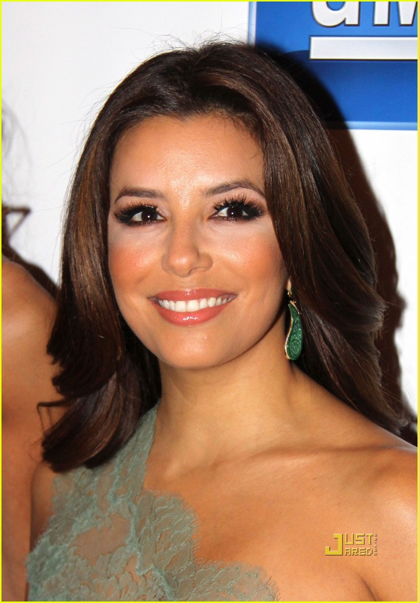 eva longoria maldef gala emcee 04