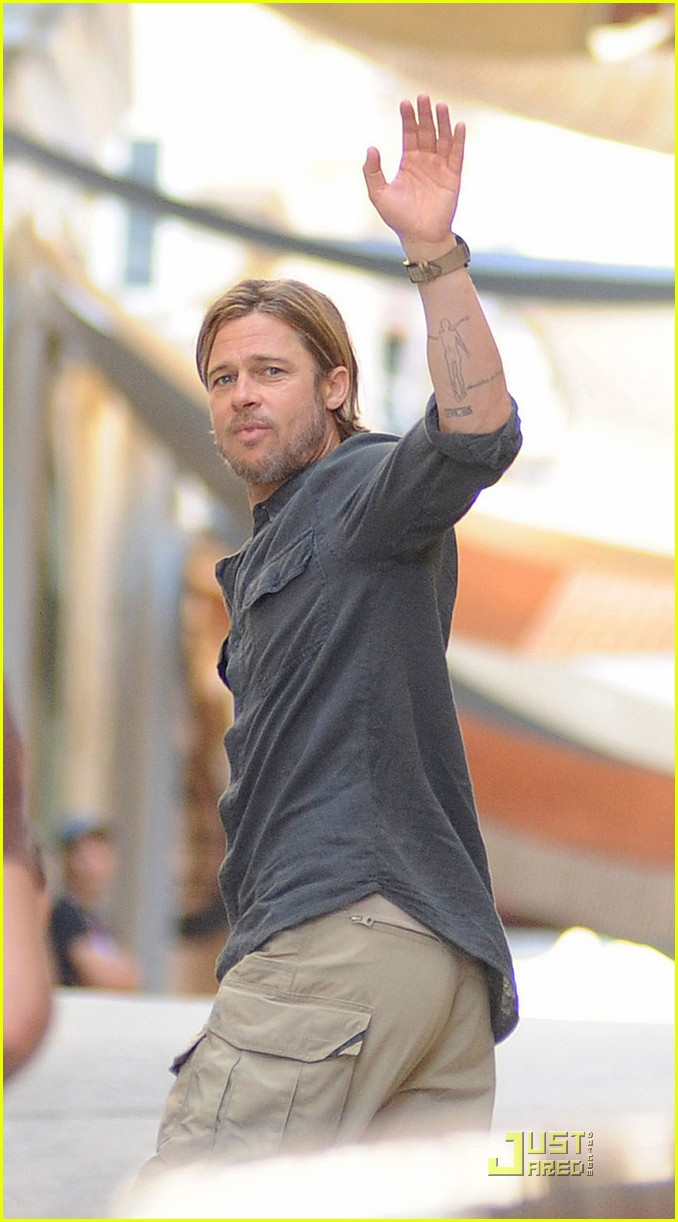 Brad Pitt World War z Watch Brad Pitt 'world War Z' Set