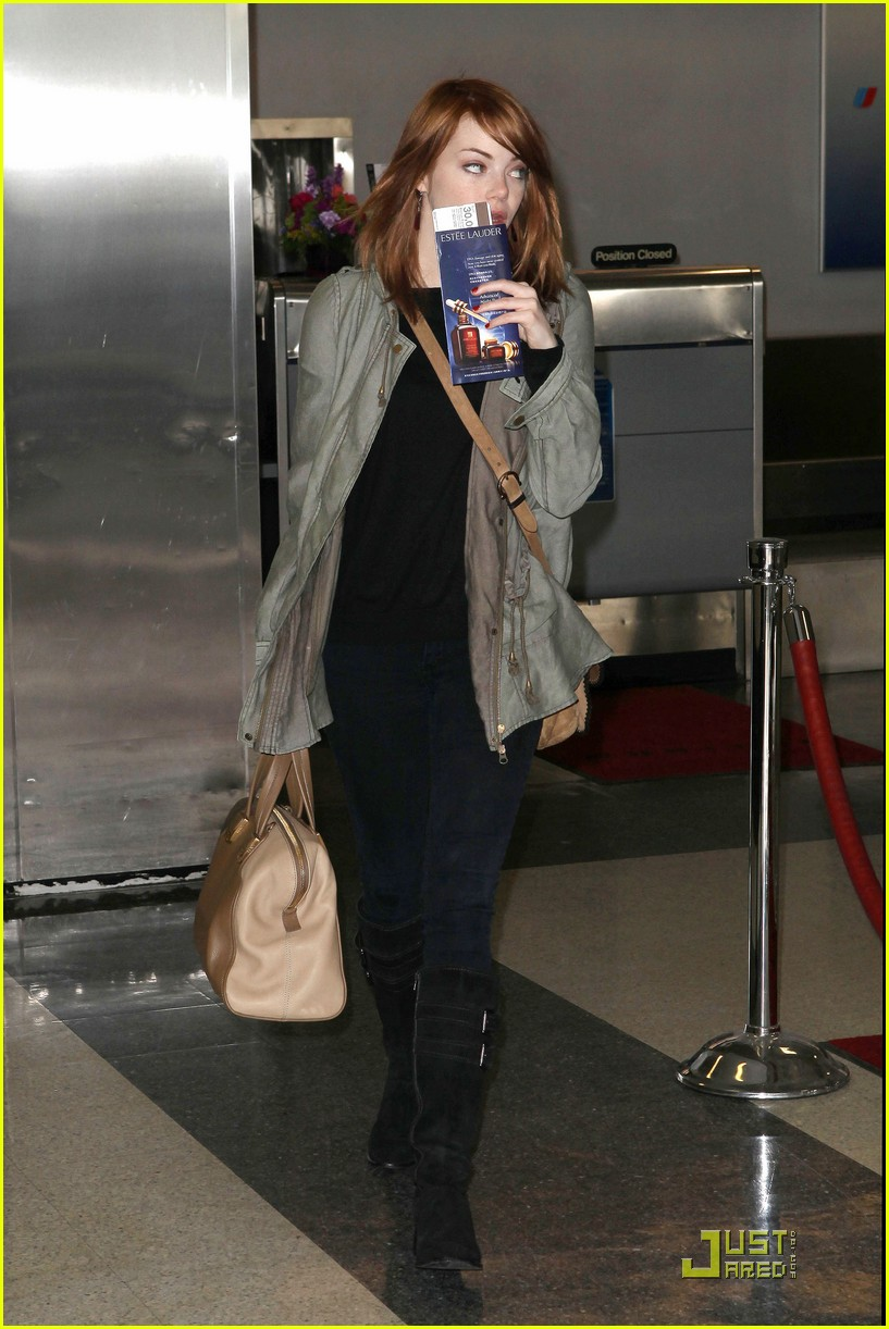 emma stone leaves los angeles 03