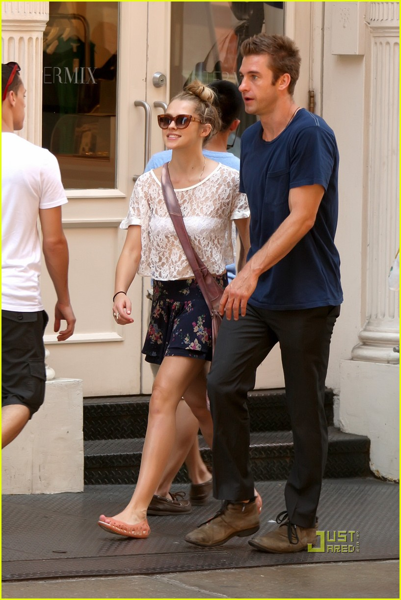 teresa palmer scott speedman soho nyc 17
