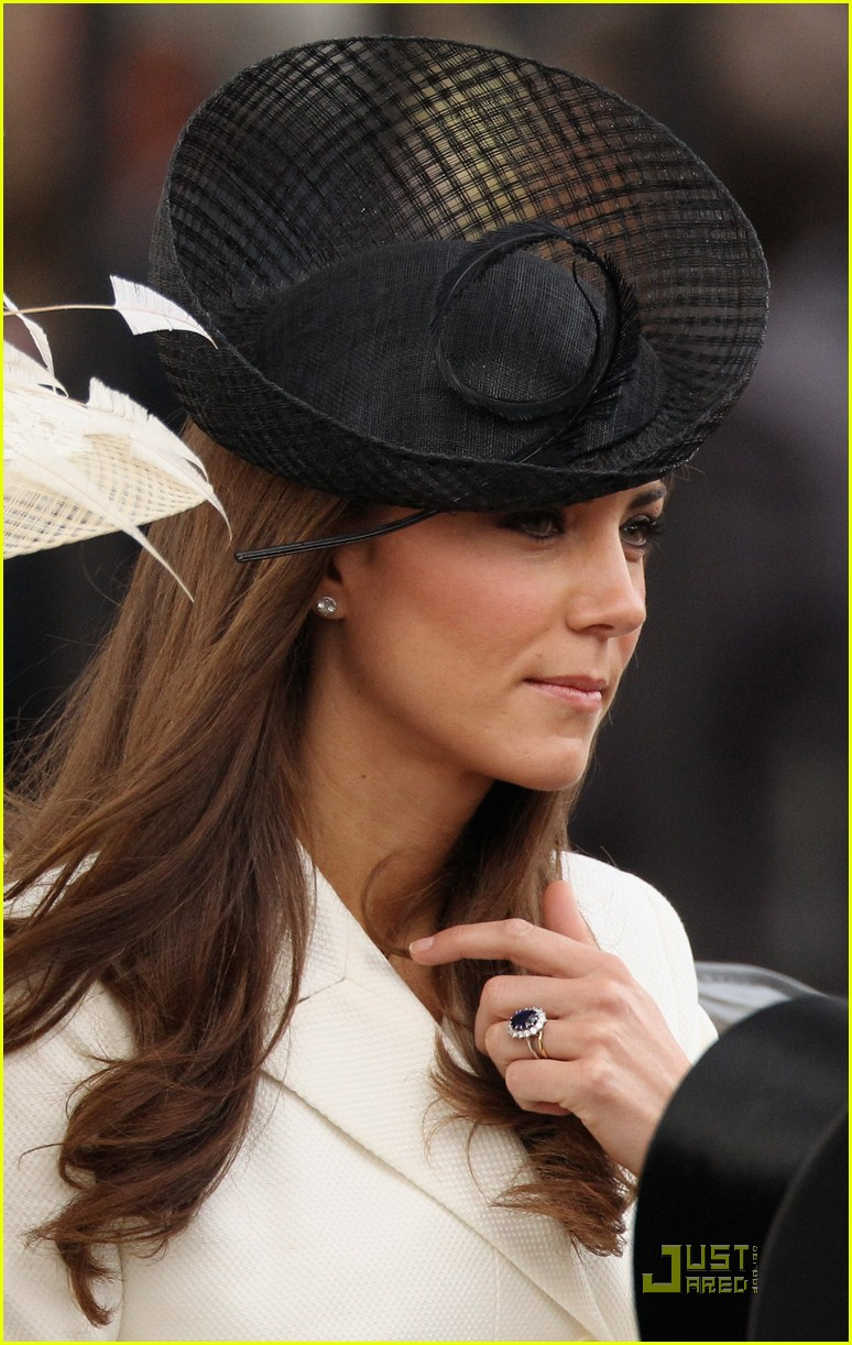 prince william kate middleton troopping colour 09