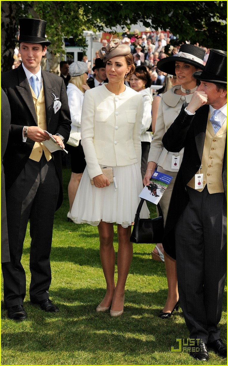 prince william kate middleton derby 01