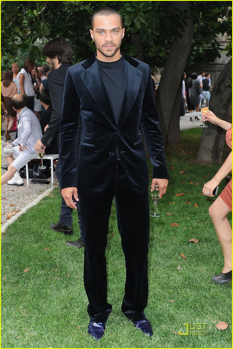 jesse williams milan fashion week 04