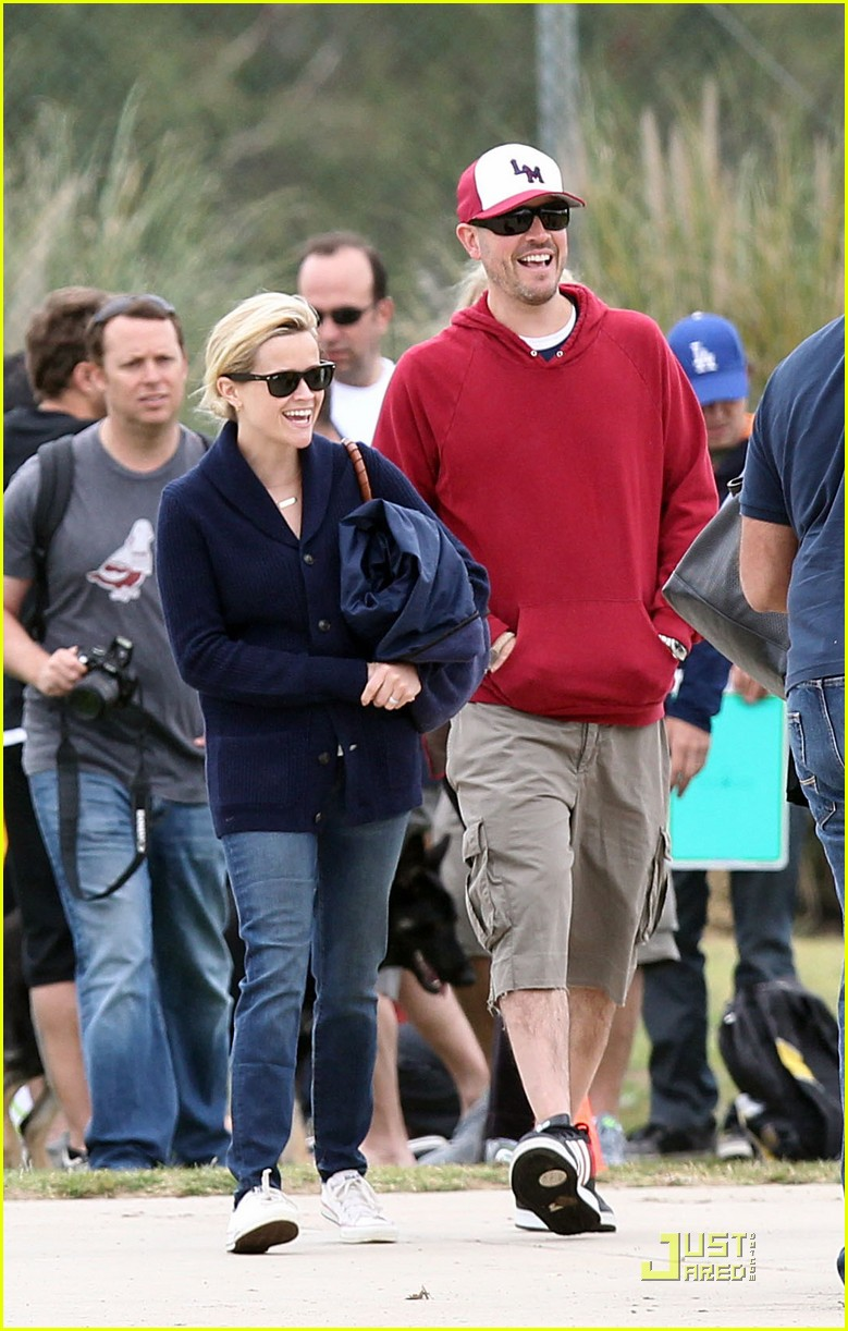 reese witherspoon deacons soccer game with ryan phillippe 072551643