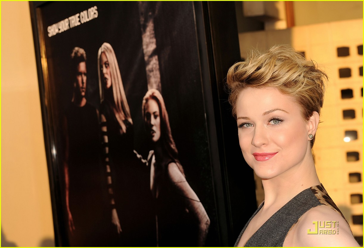evan rachel wood true blood premiere 03
