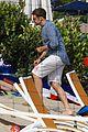 bradley cooper beach party 02