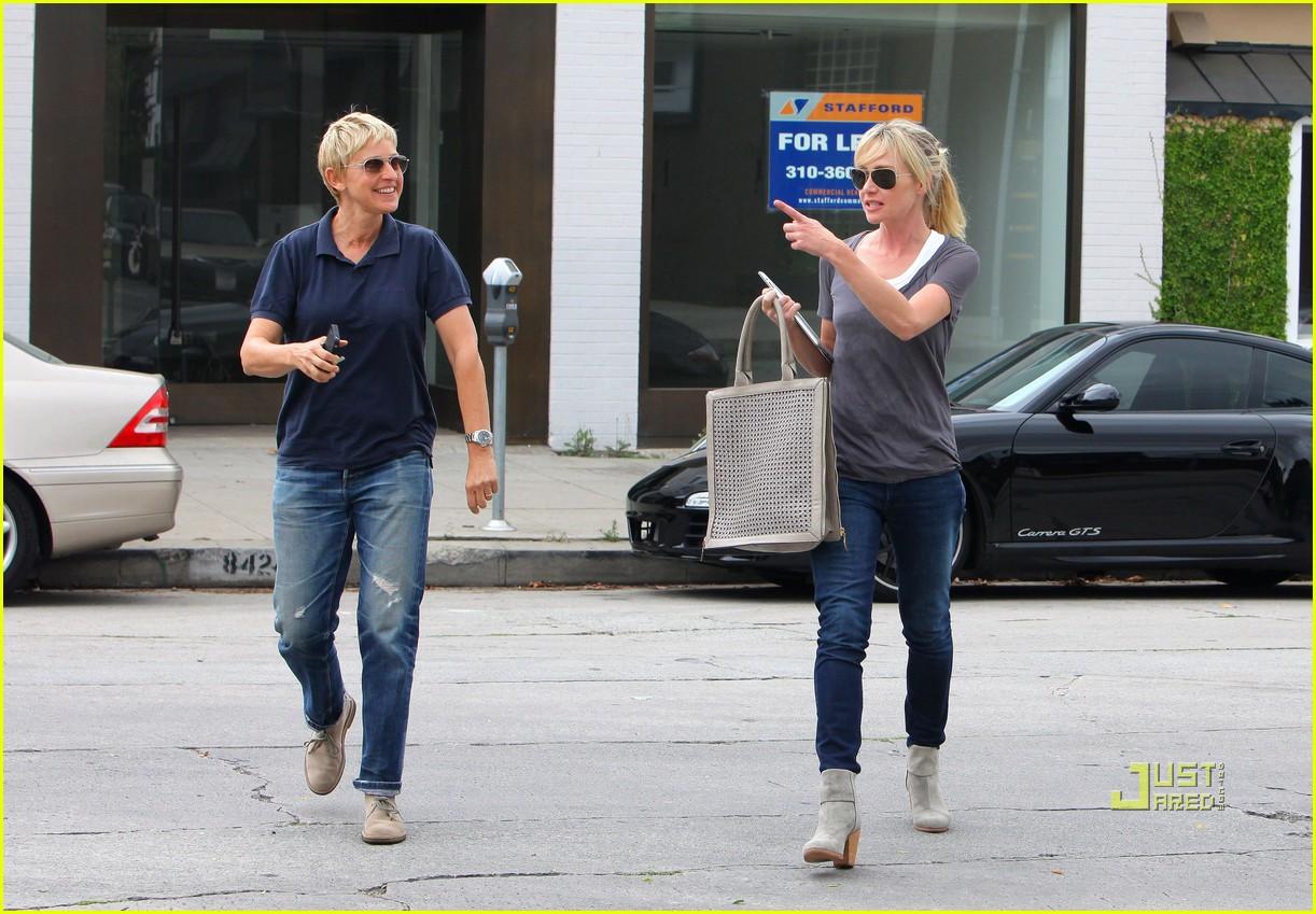 Ellen degeneres portia de rossi furniture shopping for Ellen degeneres and portia de rossi story