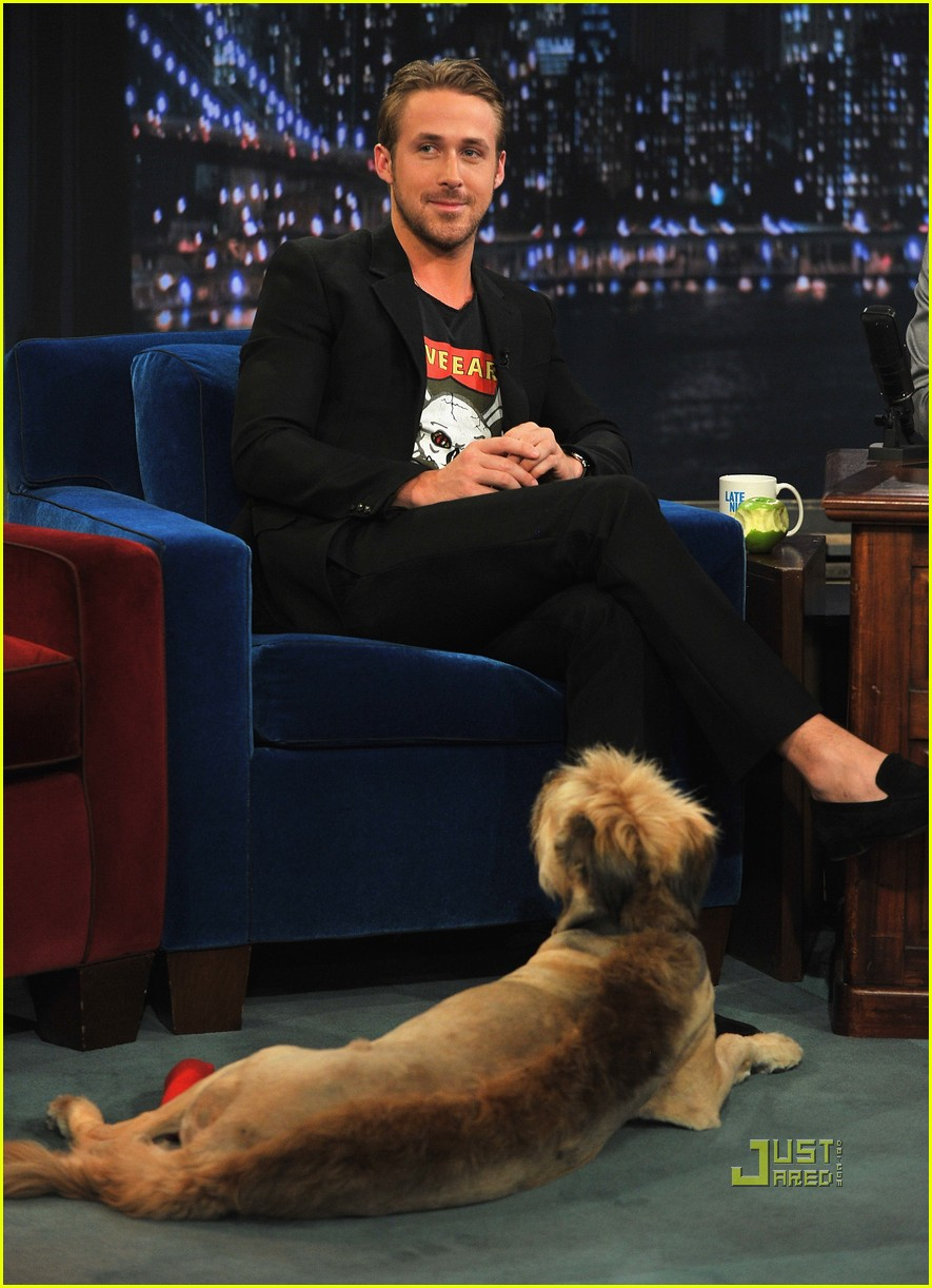 ryan gosling late night jimmy fallon 02