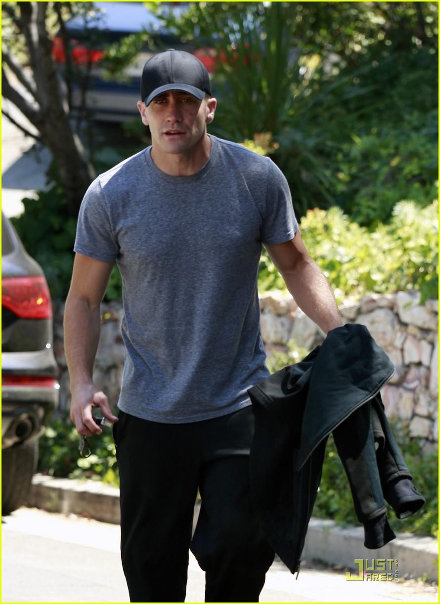 jake gyllenhaal los feliz workout 10