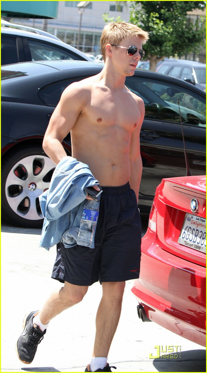 derek hough shirtless 052560762