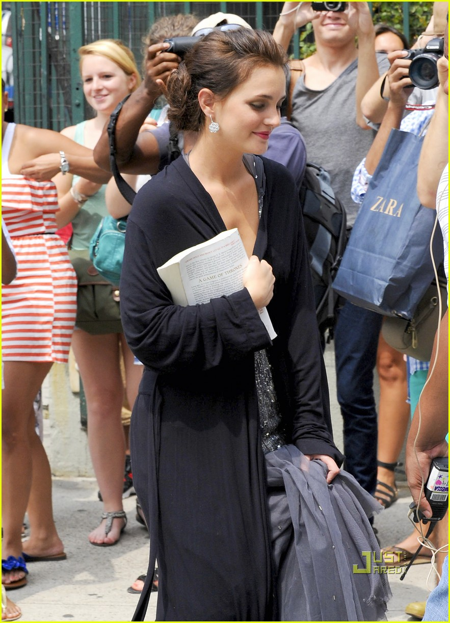leighton meester penn badgley gossip girl set 11