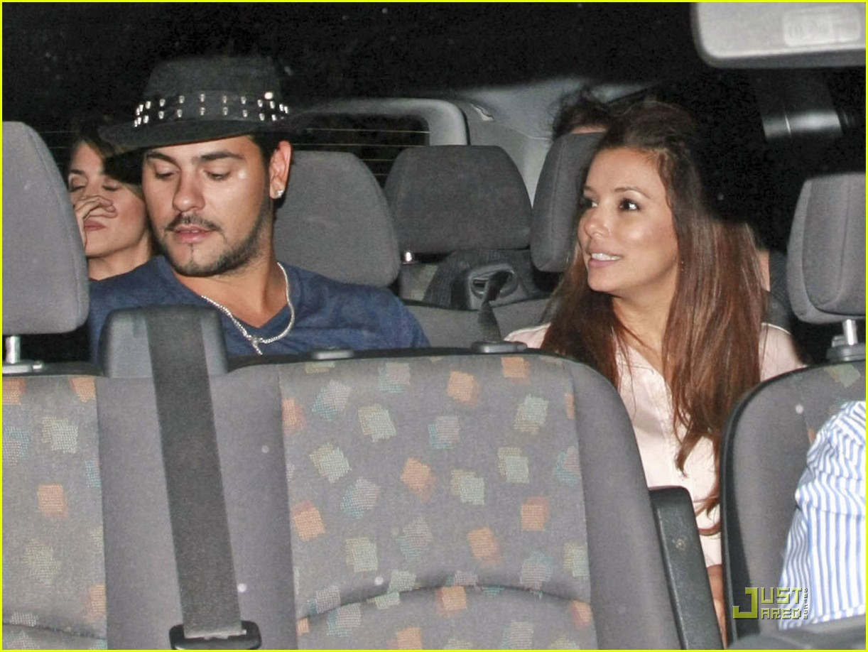 eva longoria eduardo cruz dinner with penelope cruz 09