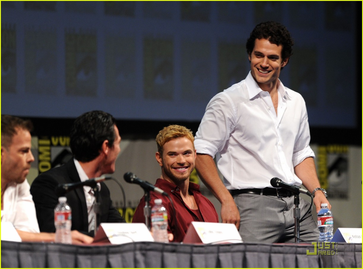 kellan lutz henry cavill immortals at comic con 14