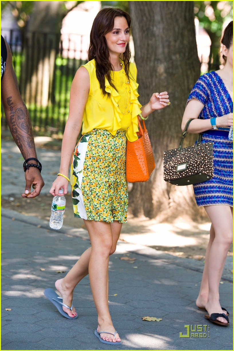leighton girls Leighton meester, actress: gossip girl leighton marissa meester was born in fort worth, texas, to constance lynn (haas) and douglas jay meester although born in texas, meester spent her early years in marco island, florida with her grandparents.