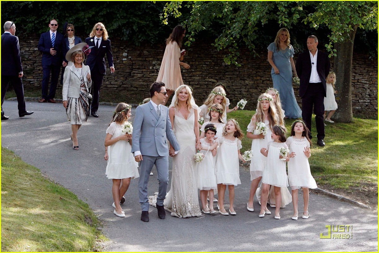 kate moss jamie hince wedding 08