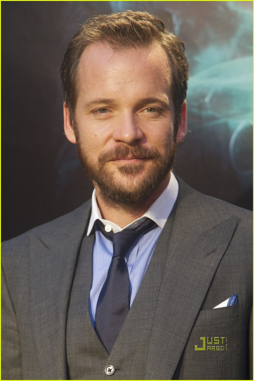 ryan reynolds peter sarsgaard green lantern madrid 01