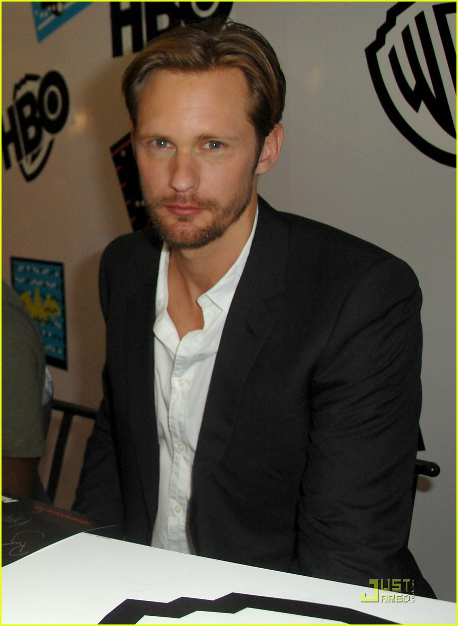alexander skarsgard true blood panel at comic con 01